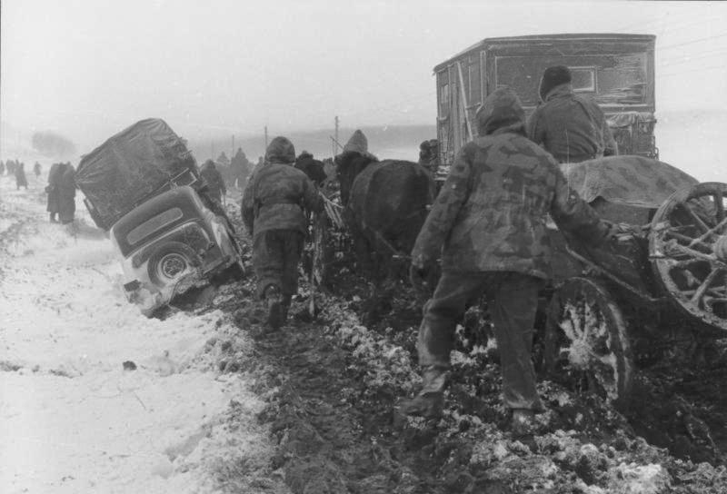 http://www.rab-friedrich-ramm.de/F_Russland-Sued_-_Ukraine_-_Januar_1944_Fortbewegung_auf_unbefestigter_Strasse_Bundesarchiv_Bild_101I-711-0438-05A.jpg